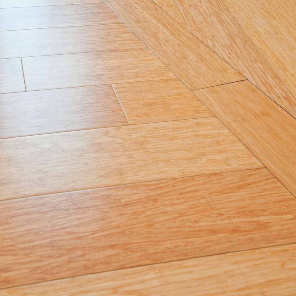 Vinyl plank flooring commercial grade wood floors for Vinyl hardwood flooring